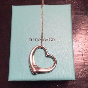Tiffany Peretti necklace